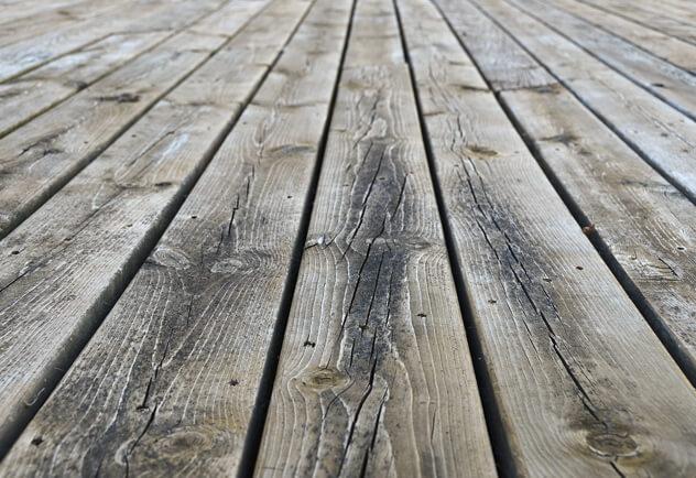 azek-comparison-treatedwood
